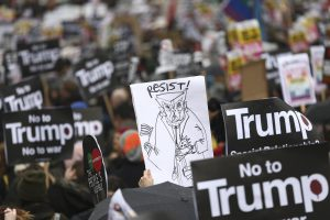 London: Thousands Protest Outside US Embassy